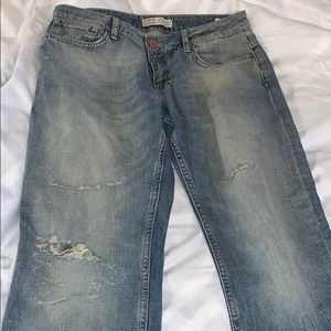 Zara light blue distressed boyfriend jeans (torn)